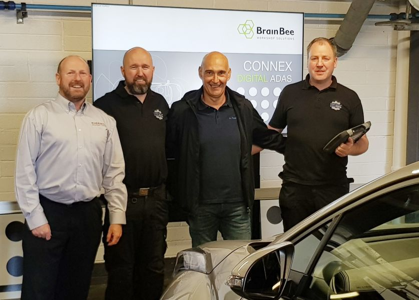 LtoR: Colin Reed & Alan Kierans, Diagnostic Solutions, Alessandro Pinotti, MAHLE BrainBee & Alan Larkin, N2 Autocare