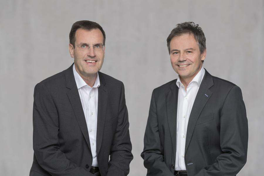 Hans-Joachim Schwabe, CEO of Osram's Specialty Lighting business unit (left) and Andreas Wolf, head of Continental's Body and Security business unit